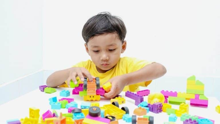 Top 5 Awesome Learning Toys for 5 Year Old Boy