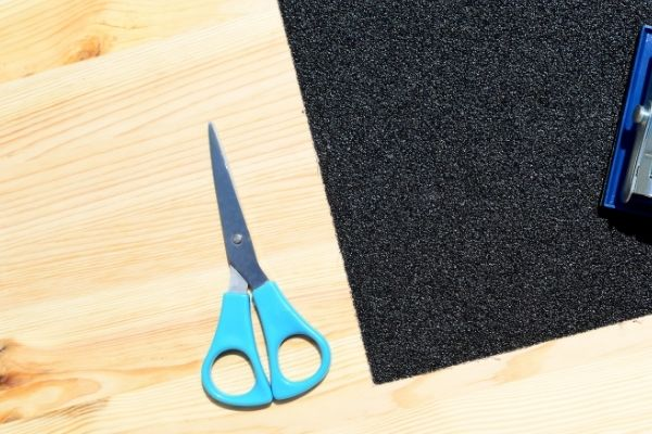 Sand paper and scissor for STEM activities