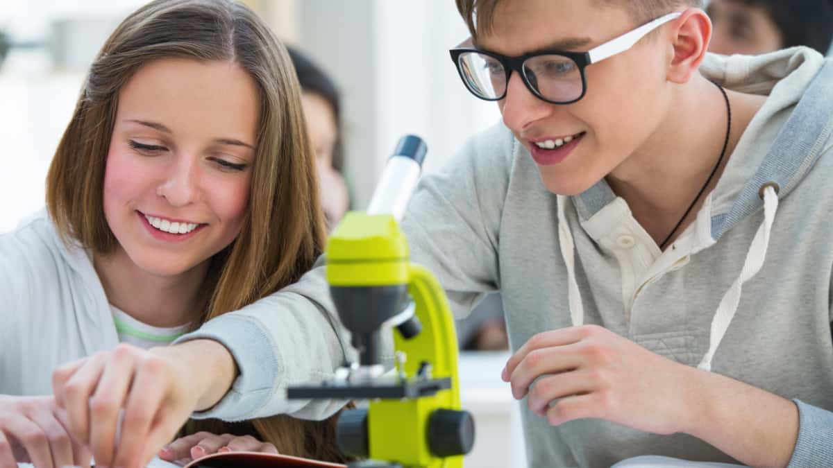 Awesome STEM Projects for High School Biology