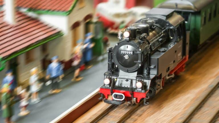 Top 11 Best Model Train Sets for Kids & Adults (2021)