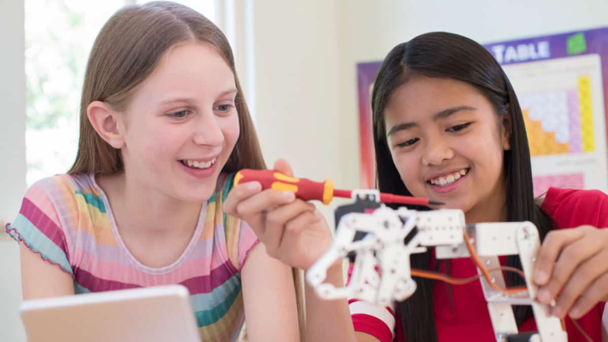 Best STEM Toys for Girls