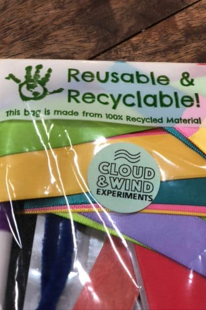 Reusable and recyclable packaging, with multiple crafts packaged together