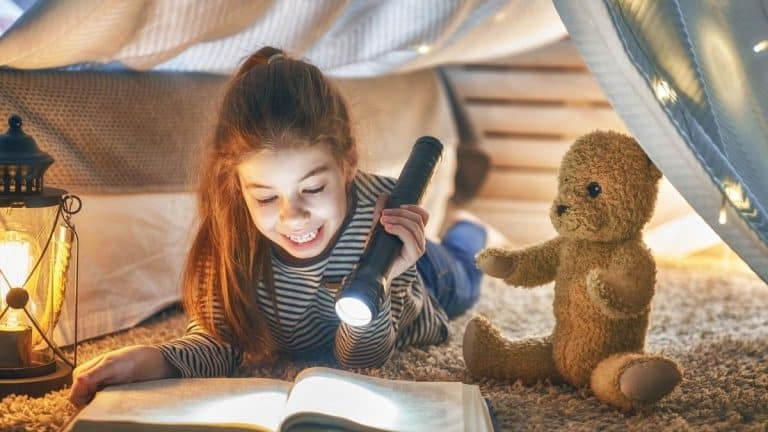 Best Books for Middle School Girls (Top 7 Picks for 2021)