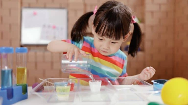 5 Quick and Easy STEM Projects for Kids