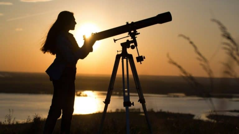 Best Telescope for Teenager [Our Top 8 Picks in 2021]