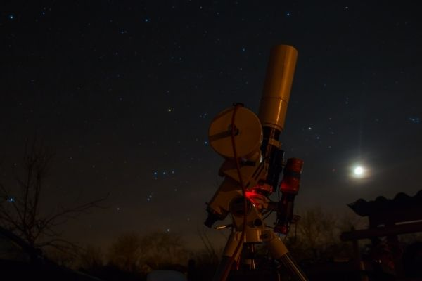 Close up shot of a telescope for astrophotography