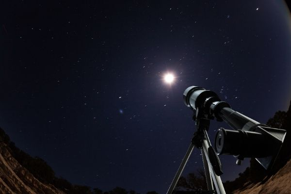Setting up telescope to look at deep sky objects at night