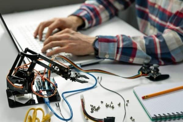 mechanical engineering kits for adults
