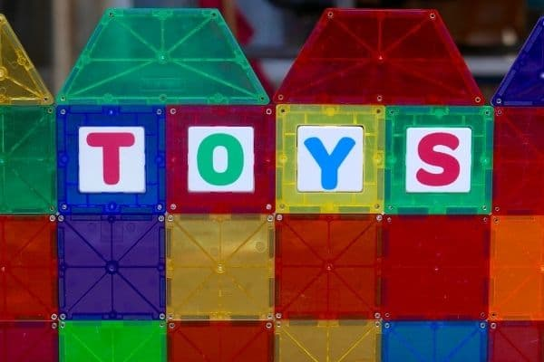 magnetic tiles with toys text