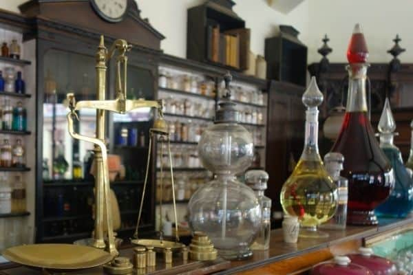 A room filled with traditional chemistry tools