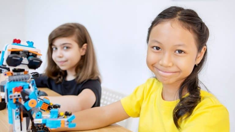 STEM LEGO: What Is It? And What is Available in 2021?