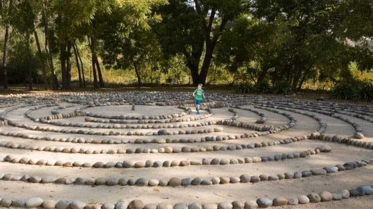 How To Make A Labyrinth [Easy Ways to Build Your Own Labyrinth at Home!]