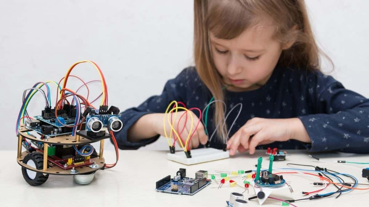 Arduino for Children: What is it and why should they learn it