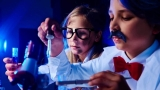 Best Chemistry Set For 10-Year-Old Kids [Our Top 9 Picks]