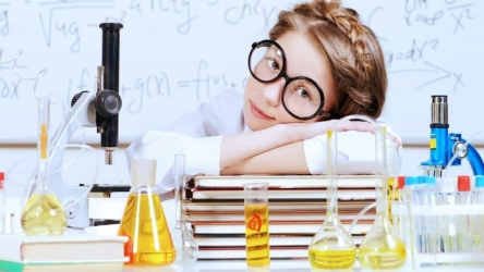 Best Chemistry Set for Teens [Top 9 Chemistry Kits for 13-16 Year Olds]